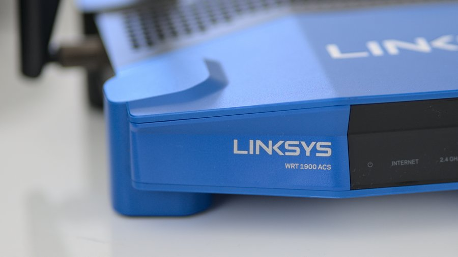 Screenshot of linksys-wrt1900acs running openwrt